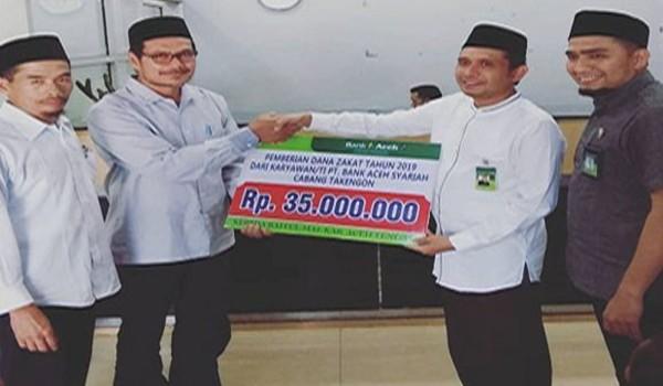 Bank Aceh Syariah Cabang Takengon Serahkan Zakat Melalui Baitul Mal Kabupaten Aceh Tengah